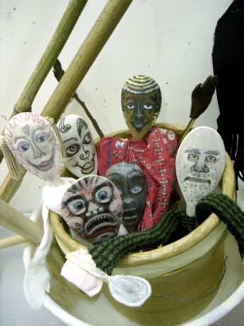 wooden spoon Puppet Show